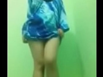 Tudung Strip | arabian girls   striptease