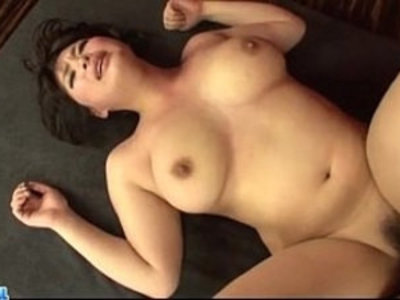 Hot clips focusing on seductive babes with bushes. Only the hottest hairy pussy porn is available here.