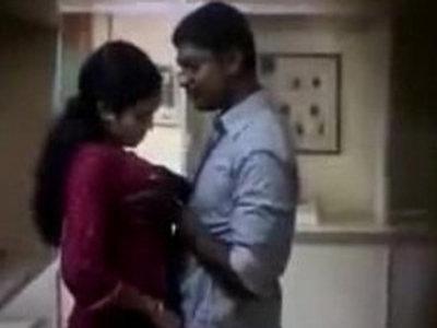 Indian lovers caught on hiddencam   caught  hidden cameras  indian girls  spying videos