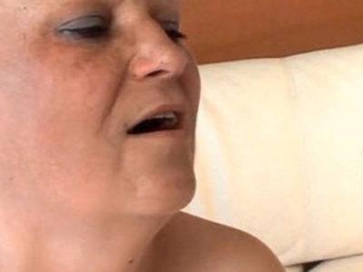 Mature slut gets Fucked Porn Video | mature