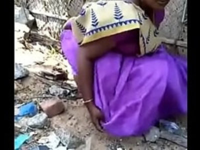 Desi aunty pee capture | aunty   desi girls   pissing