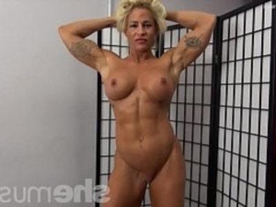 Naked Female Bodybuilder Pinup Girl | blonde  girls  muscle  naked