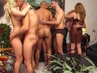 Sex Rebeli de Marujas en la comunidad de vecinos !!   amateur  blonde  brunette  cum in mouth  orgy party
