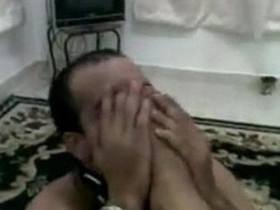 MISTRESS ARAB FEMDOM SLAVE   arabian girls  femdom  mistress  slave