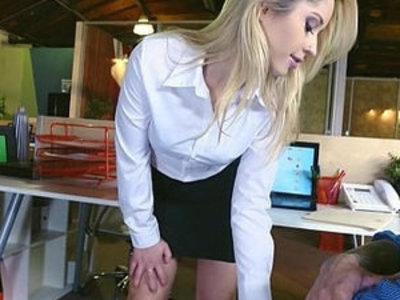 Young Goldie Rush and her perfect natural round ass | natural tits  perfect girls  round ass  young