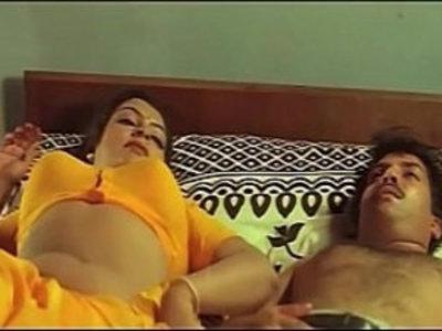 Mallu Aunty Masala Bathing Romantic Videos | aunty  bathroom  seduction