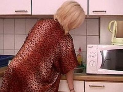 Blonde amateur babe in stockings gets attacked in the kitchen | amateur   baby   blonde   kitchen