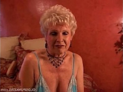 Jewel is a juicy old spunker who loves the taste of cum   cougars  cumshots  facials  gilf  grandma  housewife  juicy girls  lingerie  mature  milf