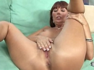 Double cumshot for the horny cougar | banged  black cock  cougars  cumshots  double penetration  facials  horny girls  interracial  mature